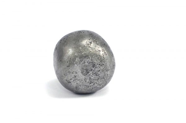 Iron meteorite 31.6 gram wide photography 02