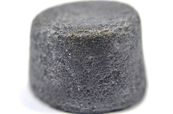 Iron meteorite 34.7 gram macro photography 14