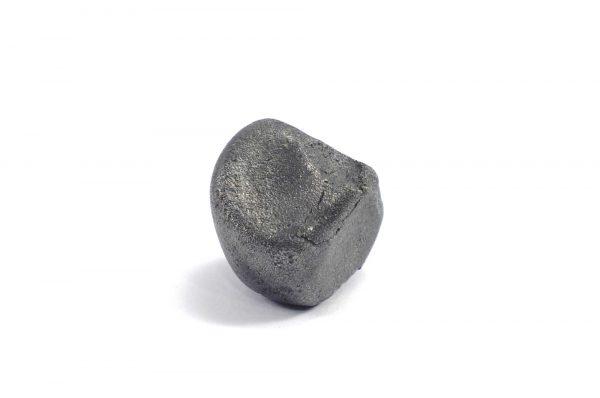 Iron meteorite 20.1 gram wide photography 03