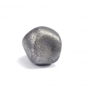 Iron meteorite 18.5 gram wide photography 02