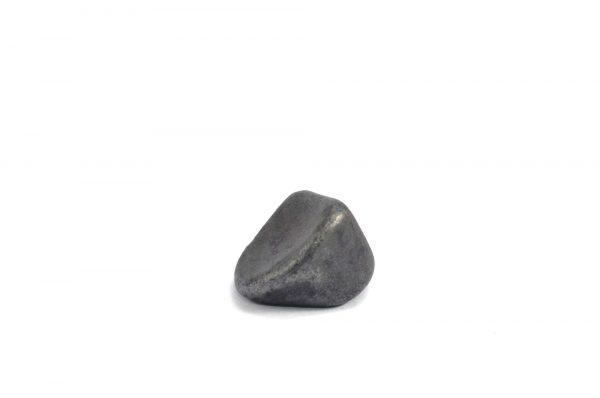 Iron meteorite 5.1 gram wide photography 09