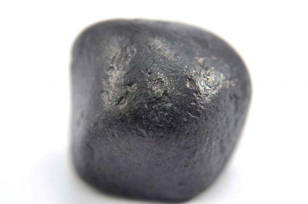Iron meteorite 22.5 gram macro photography 08
