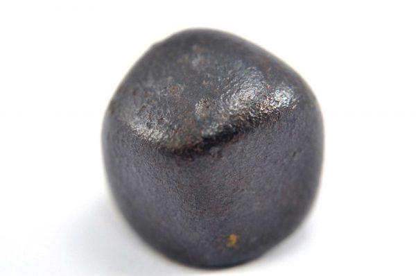 Iron meteorite 15.3 gram macro photography 05
