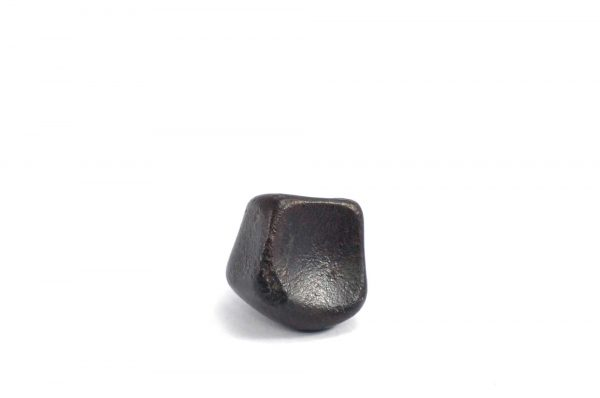 Iron meteorite 8.7 gram wide photography 01