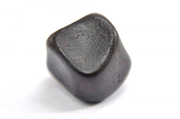 Iron meteorite 8.7 gram macro photography 07