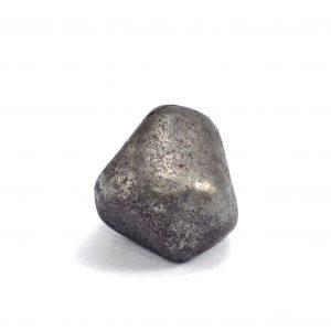 Iron meteorite 18.5 gram wide photography 01