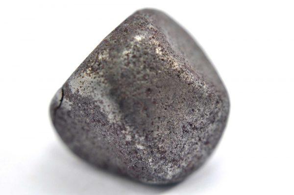 Iron meteorite 18.5 gram macro photography 07