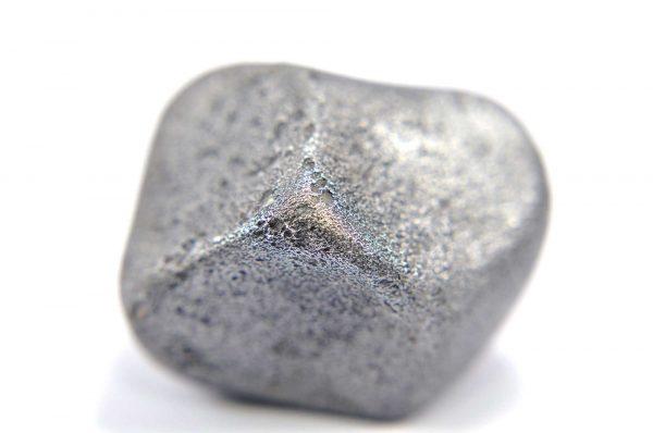 Iron meteorite 23.1 gram macro photography 09