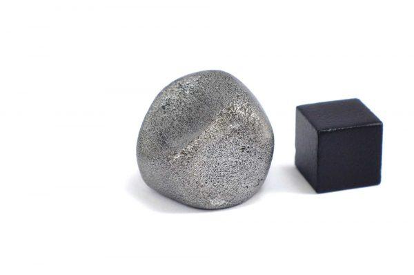 Iron meteorite 24.4 gram wide photography 12
