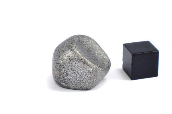 Iron meteorite 24.4 gram wide photography 10