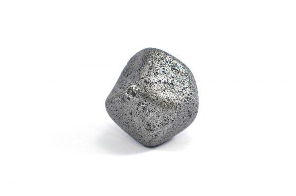 Iron meteorite 24.8 gram wide photography 08