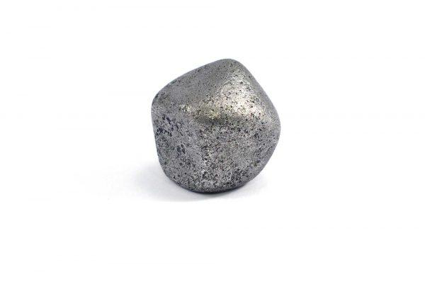 Iron meteorite 24.8 gram wide photography 02