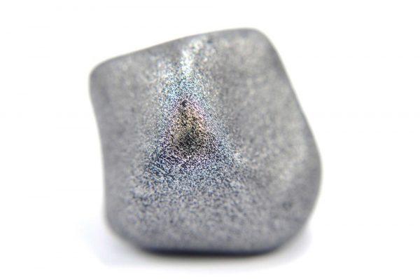 Iron meteorite 22.9 gram macro photography 01