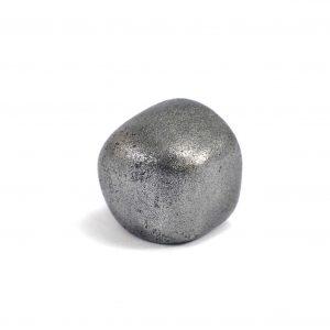 Iron meteorite 16.8 gram wide photography 01