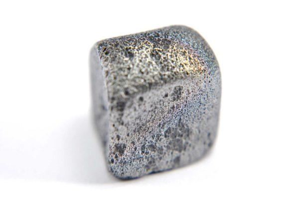Iron meteorite 8.9 gram macro photography 01