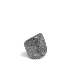 Iron meteorite 5.5 gram wide photography 01