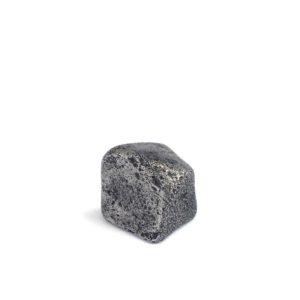 Iron meteorite 6.5 gram wide photography 05