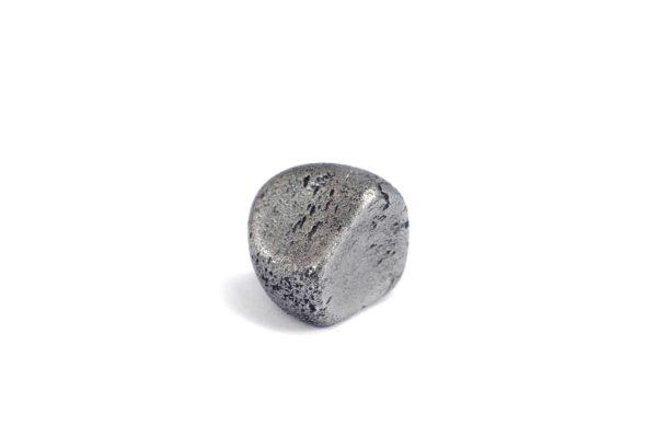 Iron meteorite 9.1 gram wide photography 01