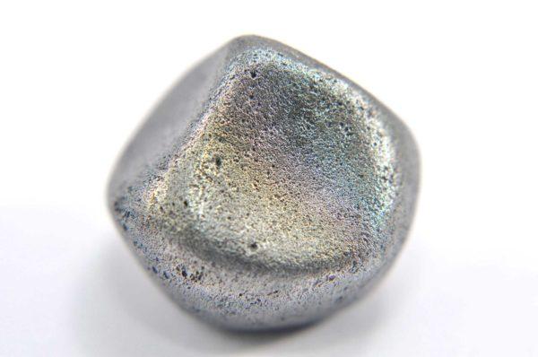 Iron meteorite 15.9 gram macro photography 09