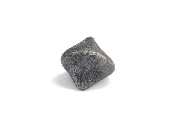 Iron meteorite 16.0 gram wide photography 03