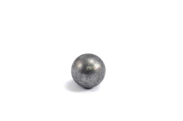 Iron meteorite 5.5 gram wide photography 08
