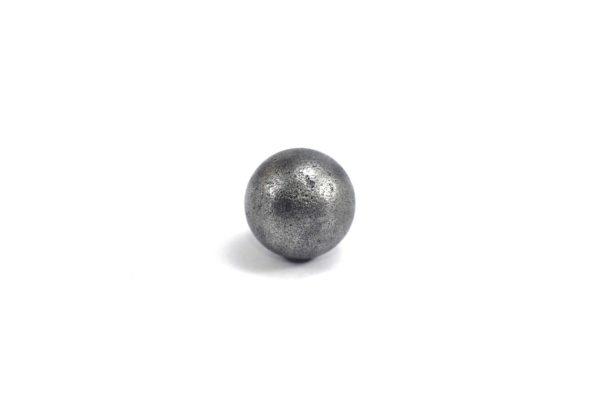 Iron meteorite 5.5 gram wide photography 04