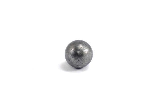 Iron meteorite 5.5 gram wide photography 03