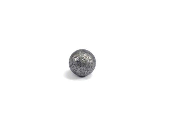 Iron meteorite 3.4 gram wide photography 09