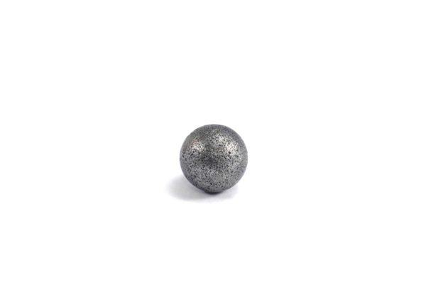 Iron meteorite 3.4 gram wide photography 03