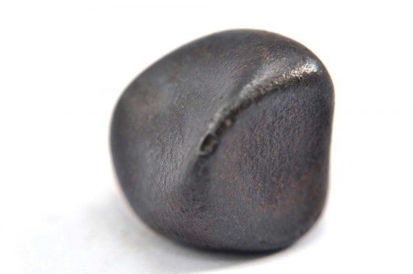 Iron meteorite 12.7 gram macro photography 01