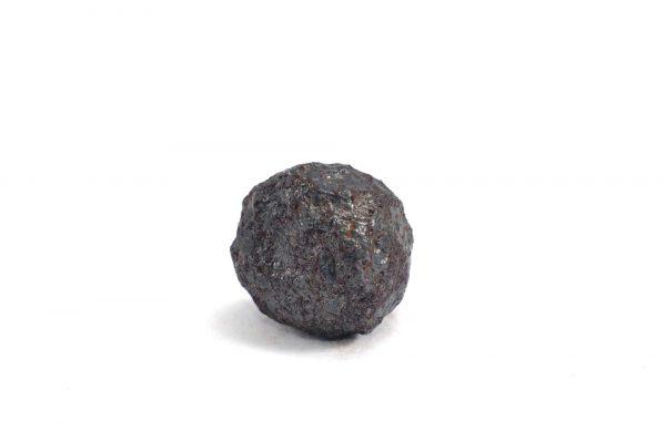 Iron meteorite 11.8 gram wide photography 05
