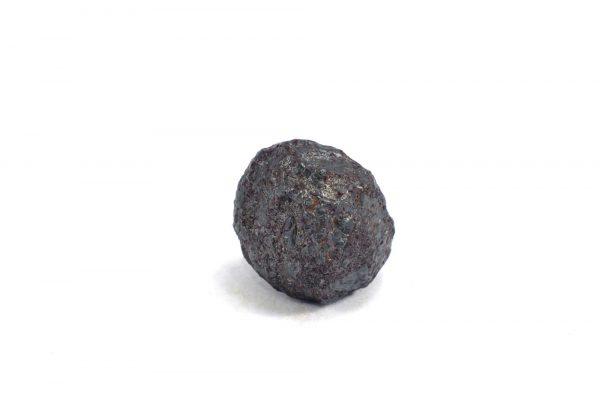 Iron meteorite 11.8 gram wide photography 02