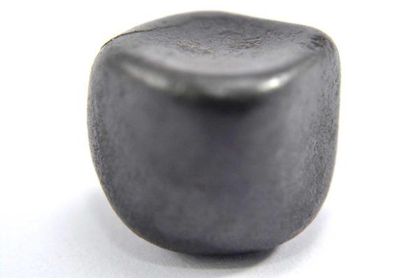 Iron meteorite 18.8 gram macro photography 09