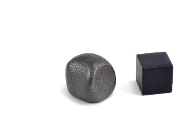 Iron meteorite 13.6 gram wide photography 14