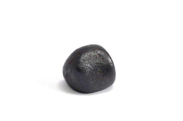 Iron meteorite 13.6 gram wide photography 03