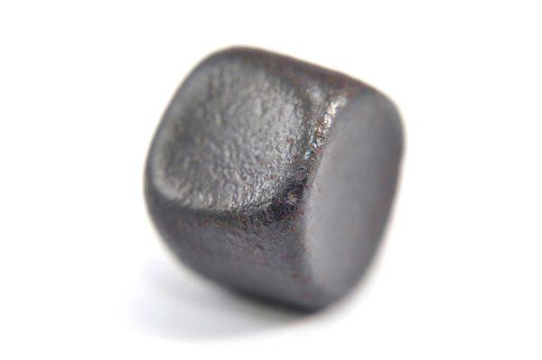 Iron meteorite 22.2 gram macro photography 04