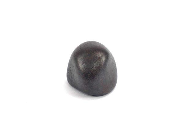 Iron meteorite 17.5 gram wide photography 02