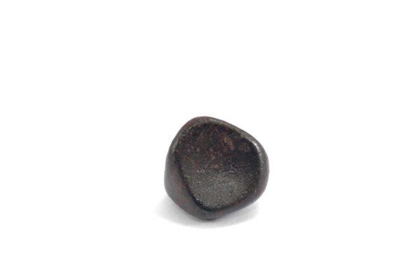 Iron meteorite 9.1 gram wide photography 09