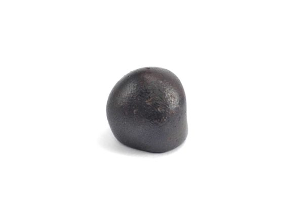 Iron meteorite 17.4 gram wide photography 04