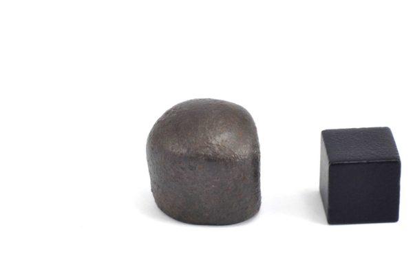 Iron meteorite 18.1 gram wide photography 13