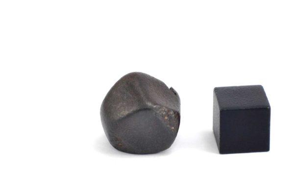 Iron meteorite 15.1 gram wide photography 14