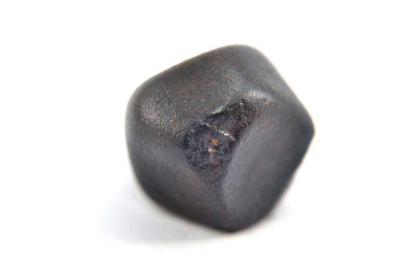 Iron meteorite 15.1 gram macro photography 21