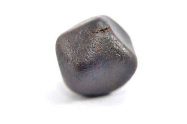Iron meteorite 15.1 gram macro photography 02